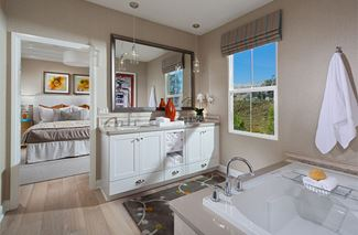 1433 02 PL3 MasterBath VistaScena OH Communities EricFiggePhotos
